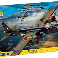 Front of COBI Vickers Wellington box.