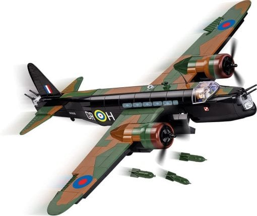 Picture of COBI Vickers Wellington set made.